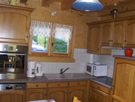 location equipement cuisine location chalet escapade au grand bornand hautes savoie