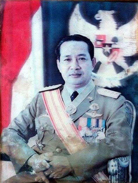 Surat pertama muncul dari soeharto sebagai menteri panglima angkatan darat (men/pangad) kepada komandan militer wilayah aceh ishak djuarsa pada pagi hari, 1 oktober 1965. File:Jenderal TNI Soeharto.png - Wikimedia Commons