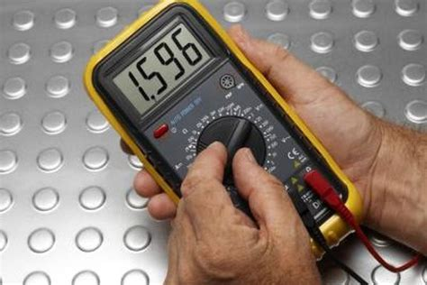 how to measure amps or watts with a multimeter it still