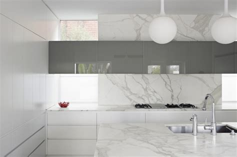 black white and silver bathroom ideas perini how to choose the right kitchen bench top 7