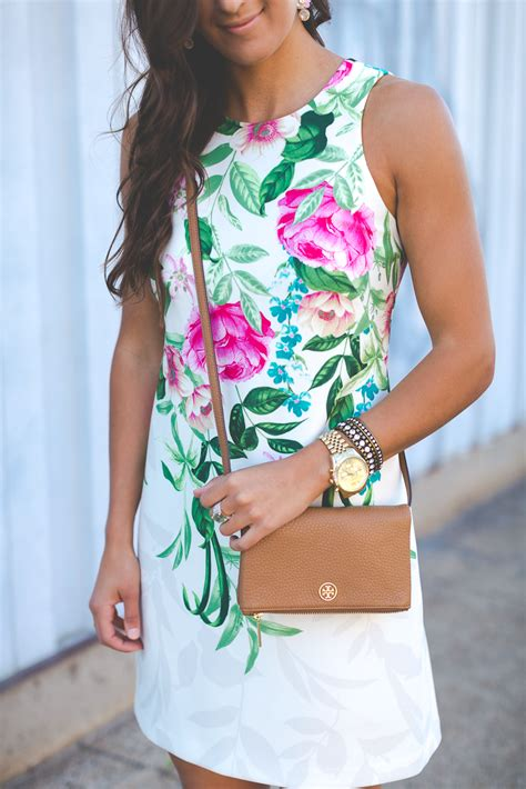 kentucky derby outfit floral shift dress  southern drawl
