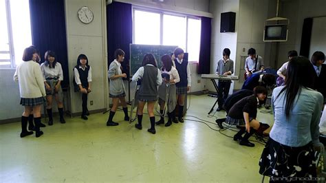 Admissions for the top international schools in japan tend to have waiting lists so it is recommended that parents apply well in advance to secure a spot for their. Japanese After School Clubs