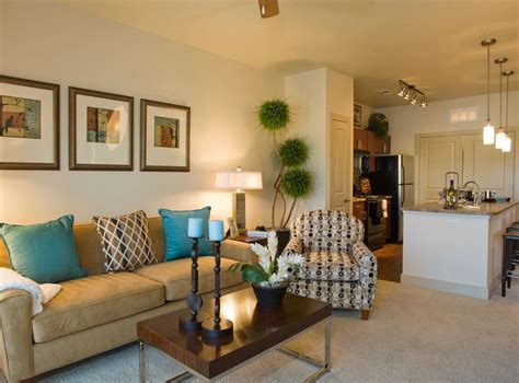a livingroom hush apartment bedroom decorating ideas for students