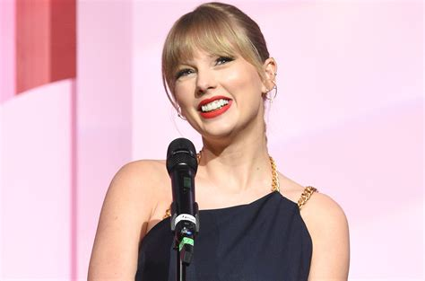 Taylor Swift wins