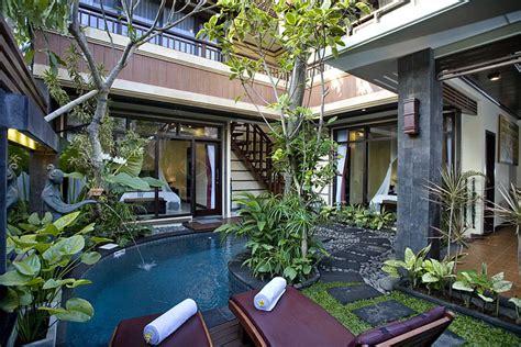 4 Bedroom Villa Seminyak Budget