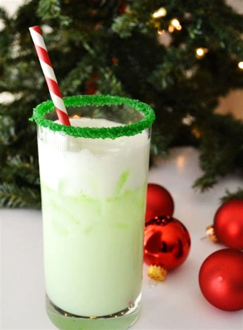 christmas elf cocktail cheap holiday alcoholic party menu drink recipe idea holicoffee