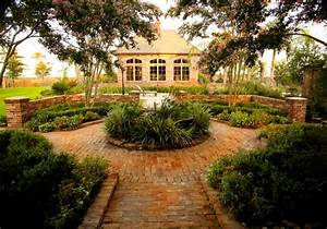 Feucht Courtyard New Orleans By Ferris Land Design