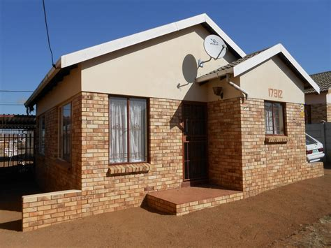 bedroom house  sale  sale  bloemfontein