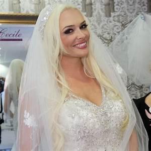 Ehevertrag Nach Hochzeit : daniela katzenberger ihr knallharter ehevertrag daniela katzenberger pinterest daniela ~ Frokenaadalensverden.com Haus und Dekorationen