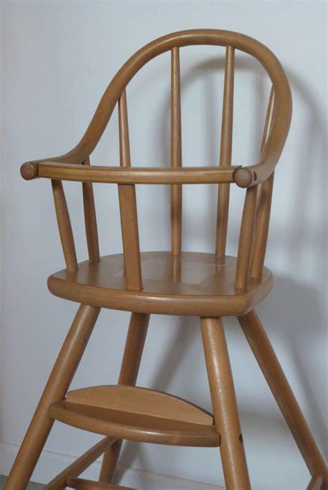 chaise haute b b en bois la chaise haute façon ovo micuna couture turbulences