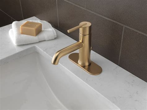Faucet.com   559LF CZMPU in Champagne Bronze by Delta