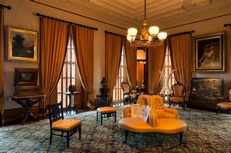 room iolani palace