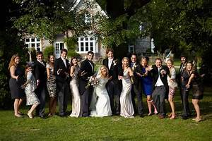 10 tips to help your wedding group photos run smoothly With large wedding photos
