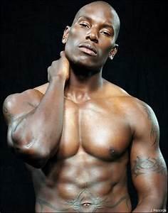Image Homme Musclé : hommes noirs les muscles sont ils un atout de charme pour vous ~ Medecine-chirurgie-esthetiques.com Avis de Voitures