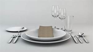 Tisch Richtig Eindecken : geschirr und besteck richtig eindecken ~ Lizthompson.info Haus und Dekorationen
