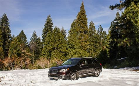 subaru outback snow 2017 subaru outback review roadshow
