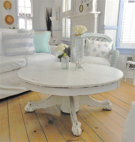 17 Best Ideas About White Distressed Furniture On