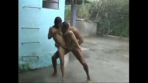 Hardcore Fuck On The Rain Xnxx