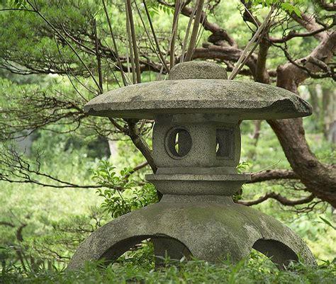 japanese lantern into the garden