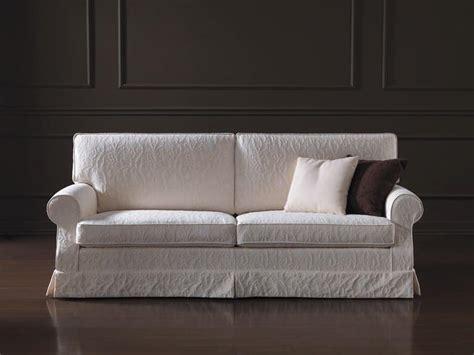 divanetti in stile divano dalle linee classiche sfoderabile per salotti