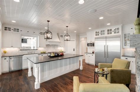 Cottage Kitchen   Traditional   Kitchen   Minneapolis   by