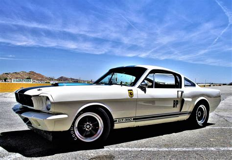 muscle mustangs  fast fords magazine mustang