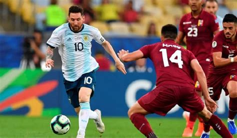 Argentina vs chile live streaming of south america world cup 2018 qualifier in buenos aires. Argentina vs Chile Friendly Football Match: Kick off time, Where & How to Watch - eDailySports