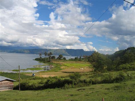 lake toba trijaya  travel