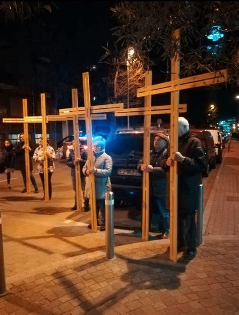 via crucis testi testi per la via crucis chiesa di pero e cerchiate