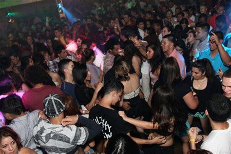 una guia de los mejores  clubes latinos en estados unidos