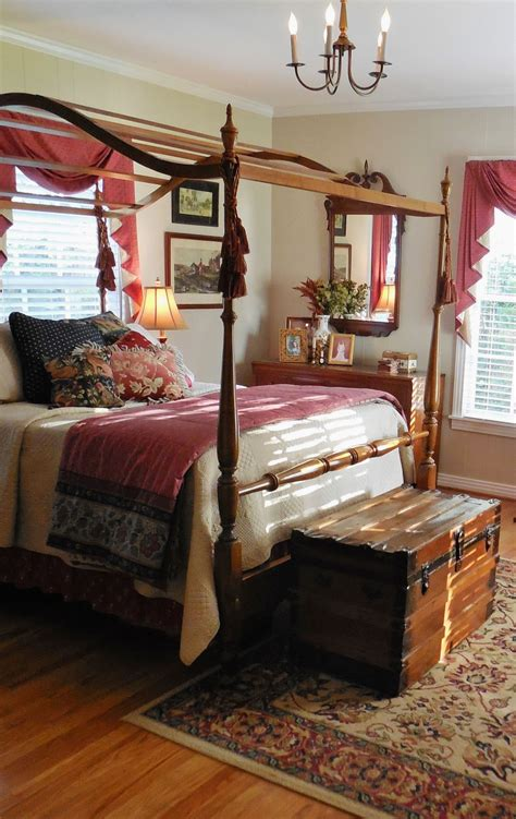 Decorating Ideas Furniture by Lovely Colonial Style Bedroom Colonial Style Early