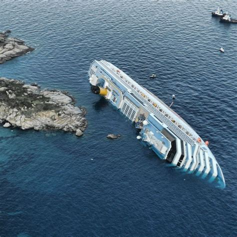 Italian Cruise Ship Disaster | Ships At Sea | Pinterest
