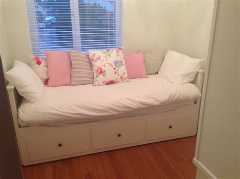 Ikea Hemnes Day Bed Now In Our Small Box Room Come Snug