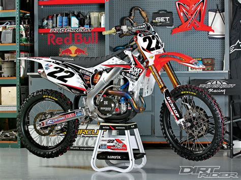 racing motocross bikes 141 1105 17 o honda race bikes of supercross chad reed