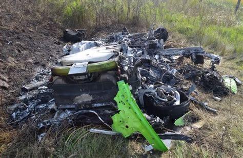 crashed lamborghini huracan vidéo le crash d 39 une lamborghini huracan lancée à 320 km h