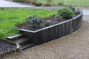 muret de soutenement en traverses de chene la triskeline With muret de soutenement jardin