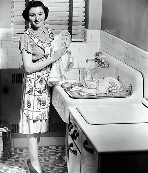 Stepford Sisters: Schedule for the 50's Housewife