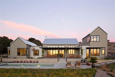 gable roof modern house modern gabled roof modern house