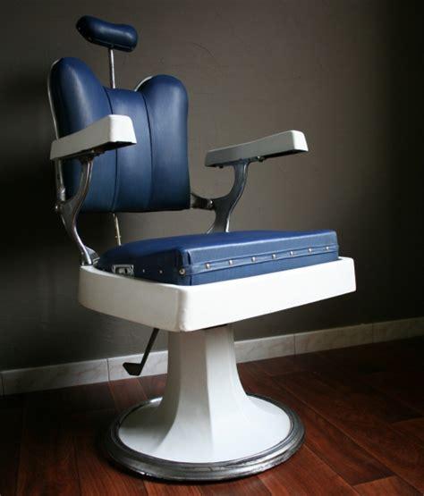 siege coiffure fauteuil de coiffeur ancien fauteuil design