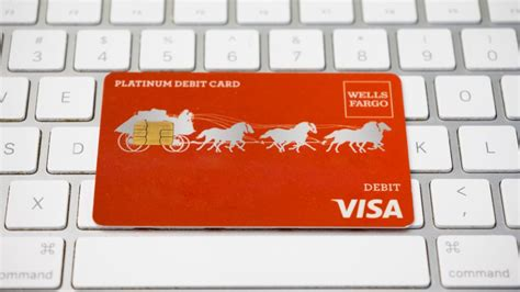 wells fargo offers  checking accounts