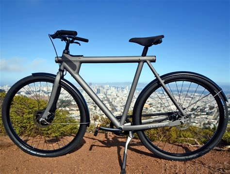 vanmoof e bike the vanmoof electrified is a smart stylish and stealthy electric bike