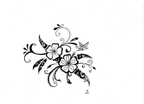 Tatouage Fleur Hawaïenne