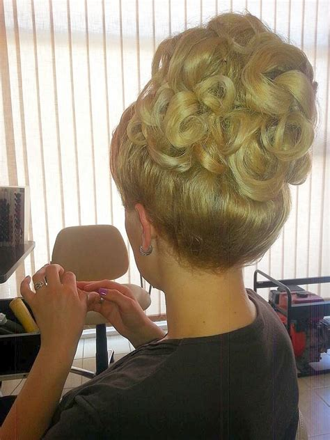 ideas  bouffant hairstyles  pinterest