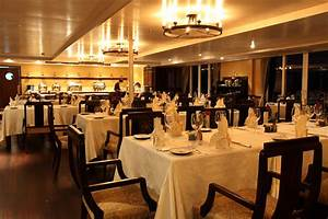 Restaurants Furniture in Dubai & Across UAE Call 0566-00-9626