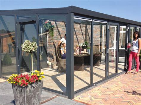 veranda in alluminio e vetro veranda in alluminio e vetro veranda con serramento a 2