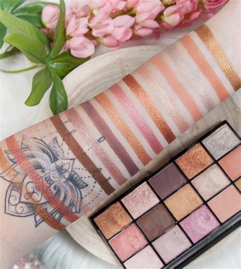 buy revolution  loaded eyeshadow palette fundamental maquibeauty