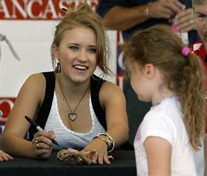 The gallery for --> Emily Osment And Haley Joel Osment Twins