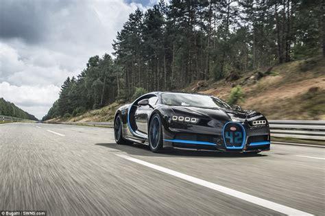 bugatti chiron hypercar sets incredible speed record