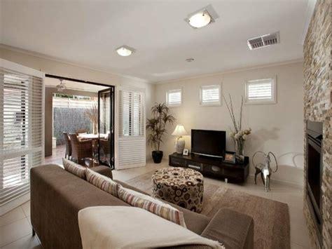 Einfach Wohnzimmer Beige Sofa 115 Sch 246 Ne Ideen F 252 R Wohnzimmer In Beige