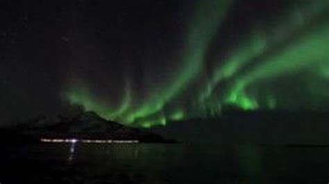 solar puts beautiful northern lights on display
